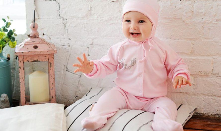 Какую одежду купить малышу?